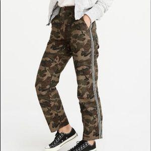 Abercrombie & Fitch Camo Trouser Tuxedo Stripe 28
